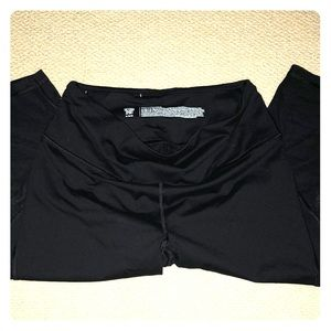 Victoria Secret Cropped Leggings